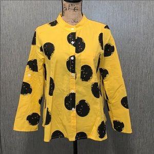 Cute yellow and black top!  Polka dots!